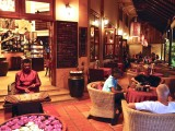 Welcome Traditional Music- Anise Hotel & Restaurant - Phnom Penh - Cambodia