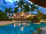 Swim up Bar | Amoa Resort | Savaii, Samoa